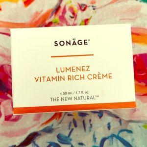 Sonage Lumenez Vitamin Rich Creme